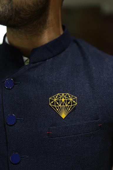 MM1202  Diamond Metal Brooch